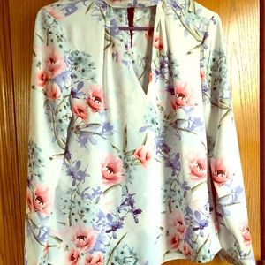 Guess Long Sleeve Blouse NWOT